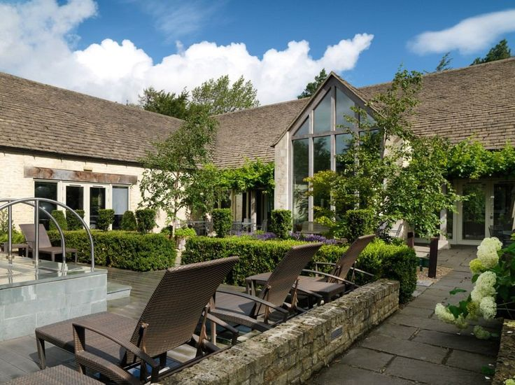 A family-friendly holiday in the Cotswolds at Calcot Manor