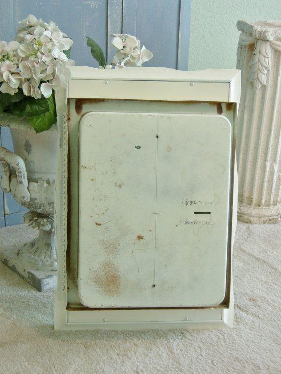 38 best Vintage medicine cabinets images on Pinterest | Vintage ...
