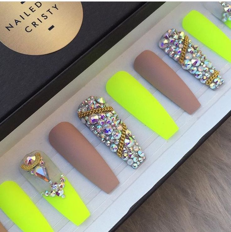 Nude neon bling press on nails