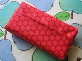 monkey makes three: Tutorial: Pocket Tissue Case