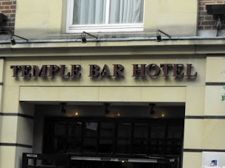 Temple Bar is a vibrant and energetic area of Dublin city centre and staying at Temple Bar Hotel Dublin allows you to enjoy all that this cultural and entertainment quarter has to offer. It is walking distance to Dublin's top bars, cafes and restaurants, as well as the main tourist attractions and theatres. See our special offers page for great Dublin hotel deals and Dublin hotel breaks.    #travel #ireland #dublin #hotel #TempleBar  https://www.facebook.com/RedDirtPubCrawl