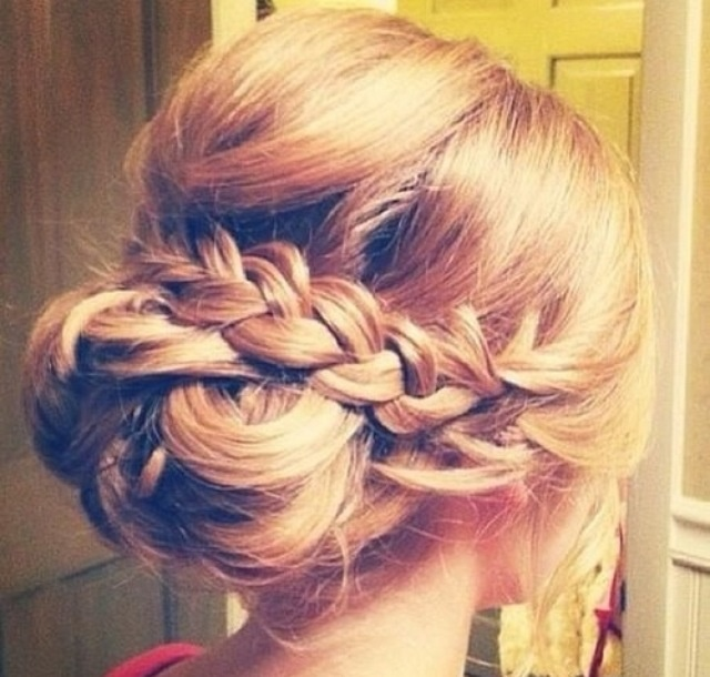 Beautiful up do for a special occasion #updos