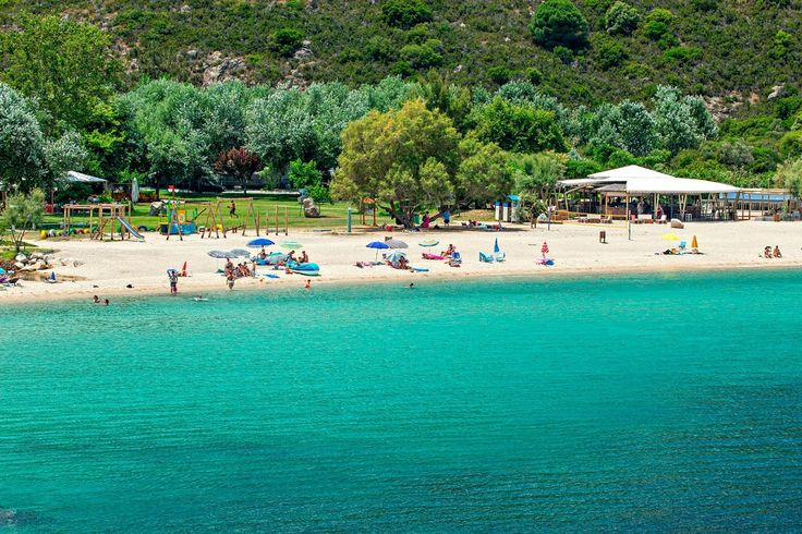 Halkidiki's Beaches Top the List of 'Blue Flags' in Greece.
