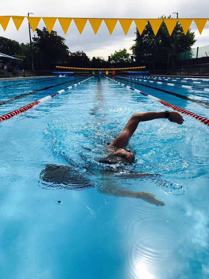 New day, new pool! Maryland Park pool in Nelson. 1850 meters in 1h30 - water was not very warm, had to focus on breathing and technique 🏊💪🌊😎