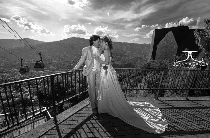 Fotografía de Bodas, Parque Biblioteca España  #Wedding #Photo #Medellin #Fotografo #Bodas Santo Domingo