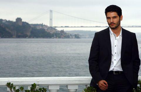 Tolgahan Sayisman - turkish-actors-and-actresses Photo