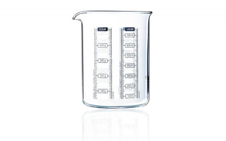 Onze keukens zijn klein labo's! In de keuken als in de chemie, goed gereedschap is van essentieel belang. Pyrex lanceert een nieuwe reeks gebruiksvoorwerpen die een combinatie zijn van precisie en ori