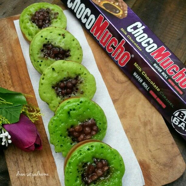 Kue Cubit with choco mucho