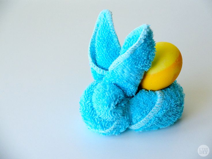 Turn your everyday face towels into this adorable bunny perfect for Easter!
