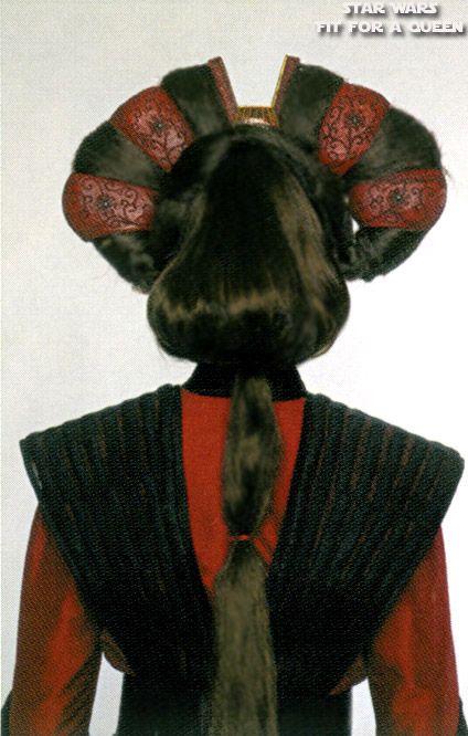 Star Wars Queen Amidala's handmaiden Sabe's Battle Dress - Back view