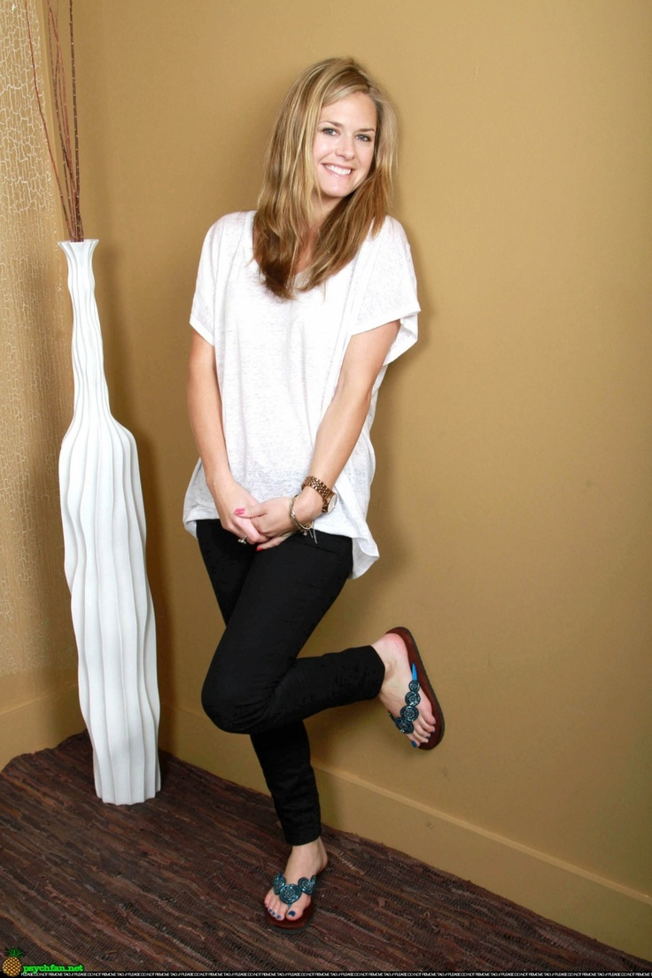 Maggie Lawson love the outfit