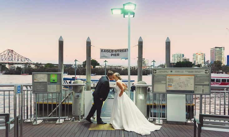 Tom Hall Photography expresses his love for the city and why he feels Brisbane is the perfect place for wedding photography.
