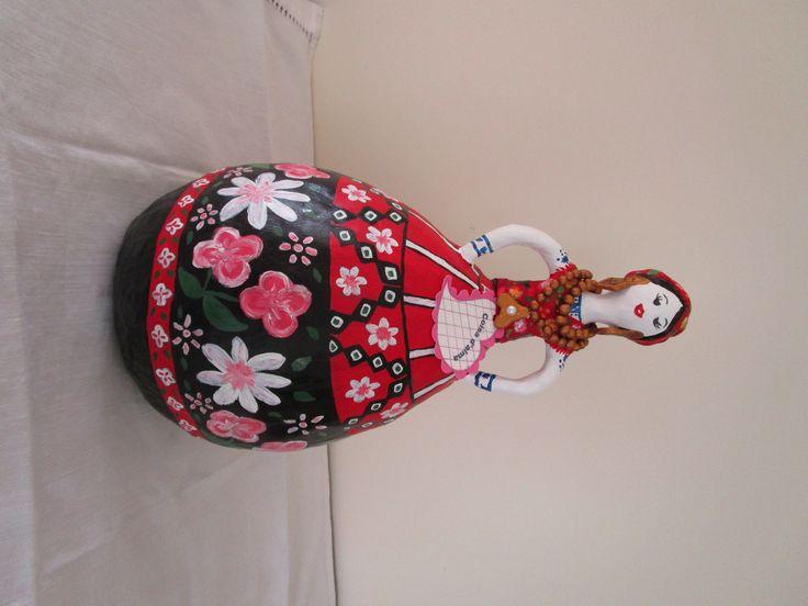 Maria com traje domingueiro