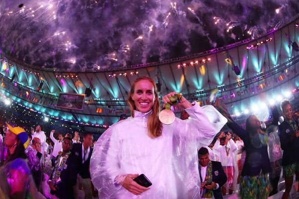 Gold medalist Helen Glover of Great Britain celebrates during the Closing Ceremony on Day 16 of the Rio 2016 Olympic Games at Maracana Stadium on August 21, 2016 in Rio de Janeiro, Brazil.