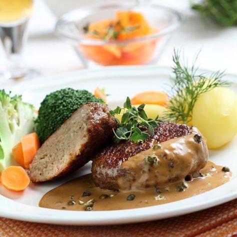 Köttfärsbiffar med grönpepparsås