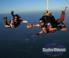 Taking your bro on a skydive is awesome!