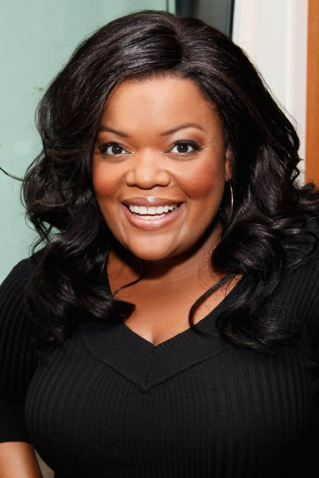 Yvette Nicole Brown as a Grey Sister