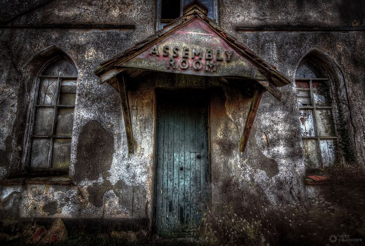 There was a crooked house..... #AbandonedPlaces