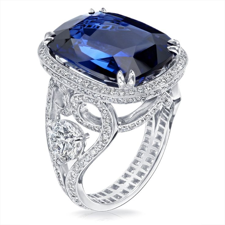 Fabergé Devotion Sapphire 16.45cts Ring features a cushion cut sapphire of 16.45 carats and round white diamonds set in platinum.