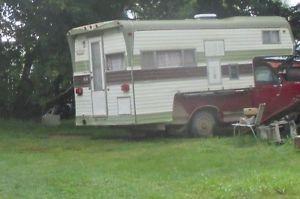 Vanguard truck camper 10 foot with lots of room.