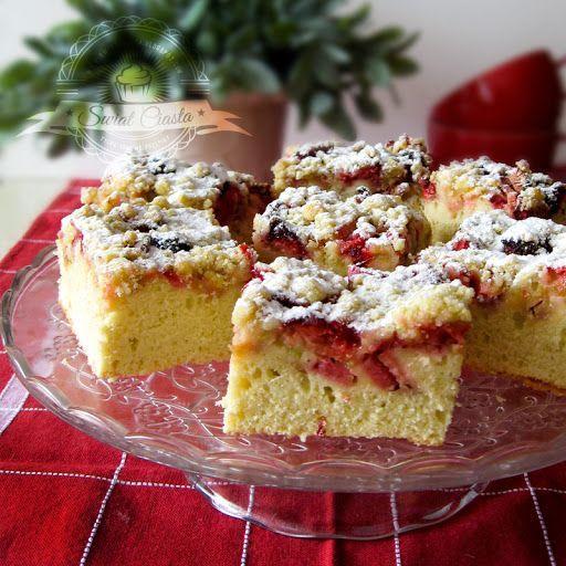 Ciasto z rabarbarem i kruszonką | Świat Ciasta