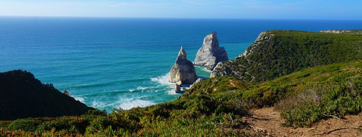 Is Portugal the best European destination of 2017? Searching a bit online, you will see that many articles say so. Checking a few photos will also increase these beliefs. But what's with all …