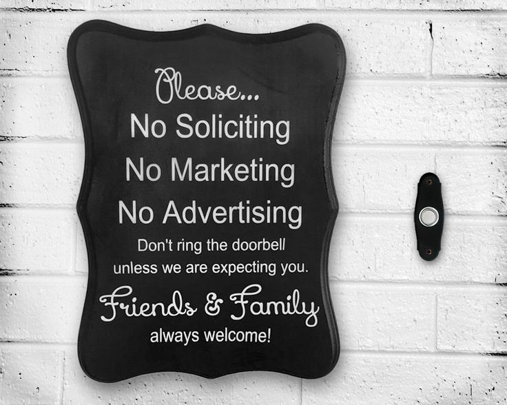 Peint à la main en bois « pas ne solliciter, sans Marketing, aucun publicité » signe de porte - fenêtre - aucun Flyers - ne pas déranger - pas frapper par WoodWorxDesigns sur Etsy https://www.etsy.com/ca-fr/listing/240580000/peint-a-la-main-en-bois-pas-ne