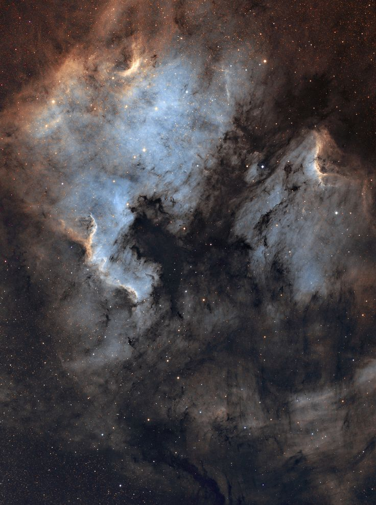 North America and Pelican nebula recorded by Domenico De Luca with AIRY APO104T ‪telescope‬ and SBIG 8300 CCD camera, mosaic of 4 images (each panel is made up 10x600s Ha, 10x600s OIII and 10x600s SII).