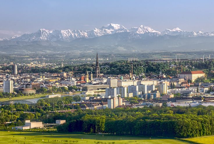 Linz Austria with the alps in the background [900x606]