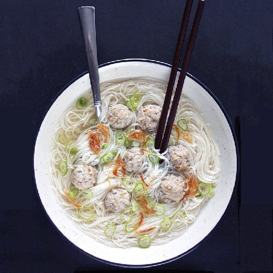 Mee sua soup with ground pork meatballs.