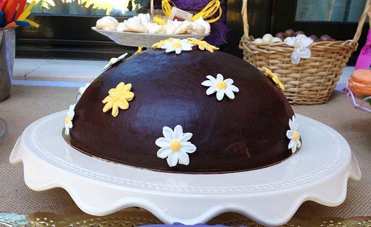 tarta de fresas, crema y chocolate