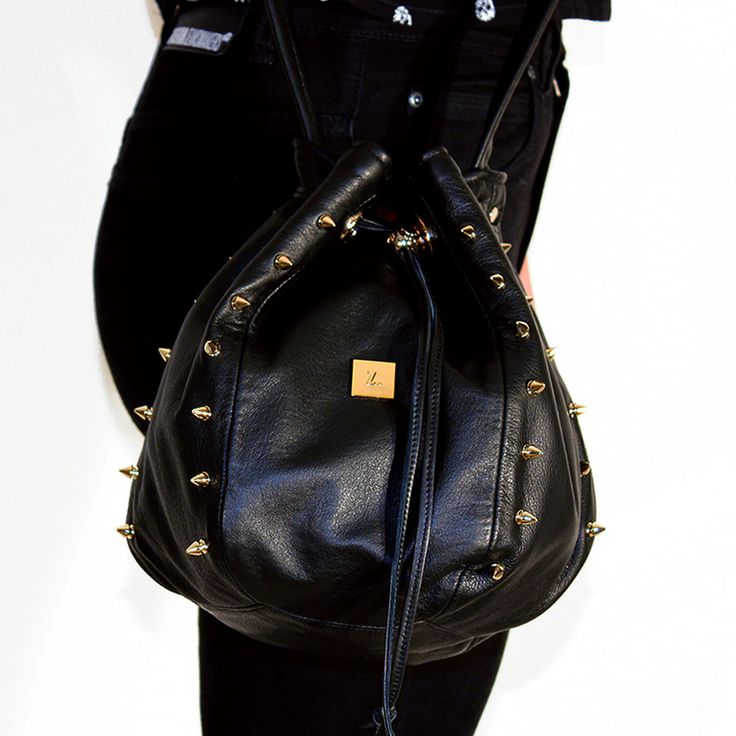 Mii Edge in soft black leather DEBUT COLLECTION Z3.i