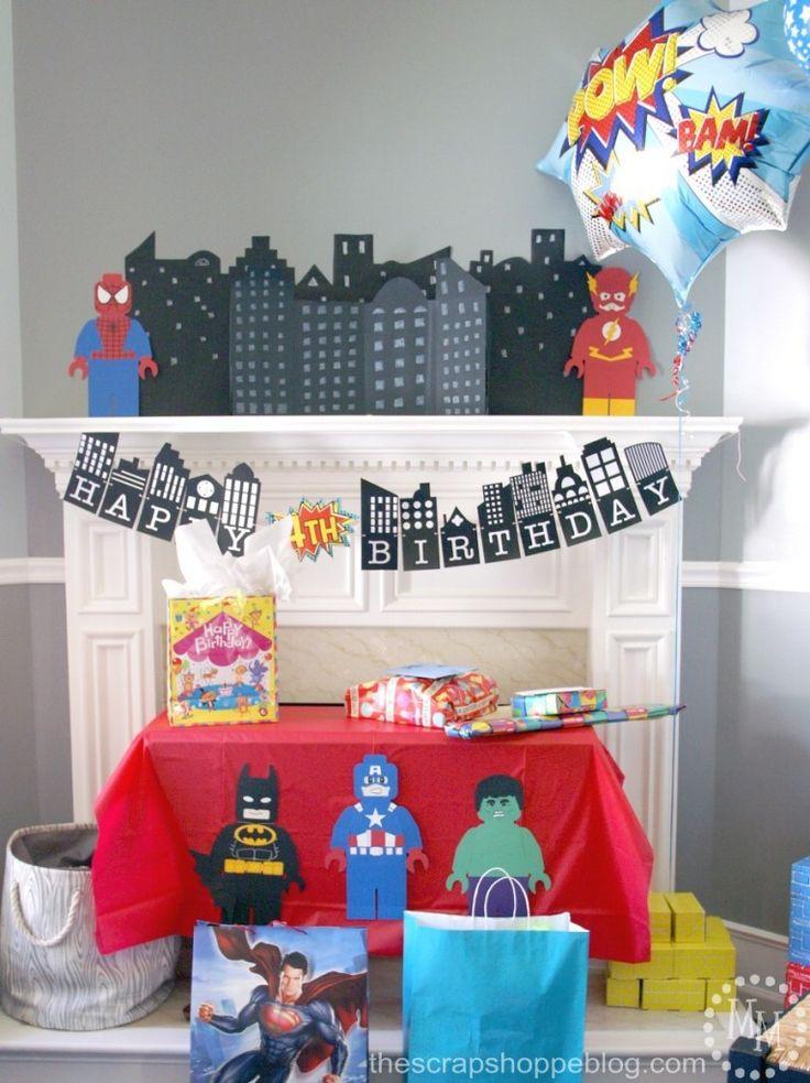 lego-superhero-decorations