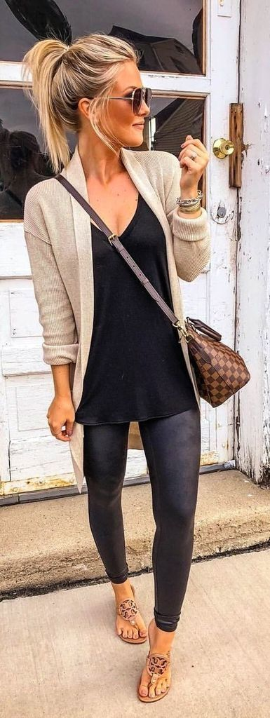 37 Lovely Fall Outfits for Women 2019