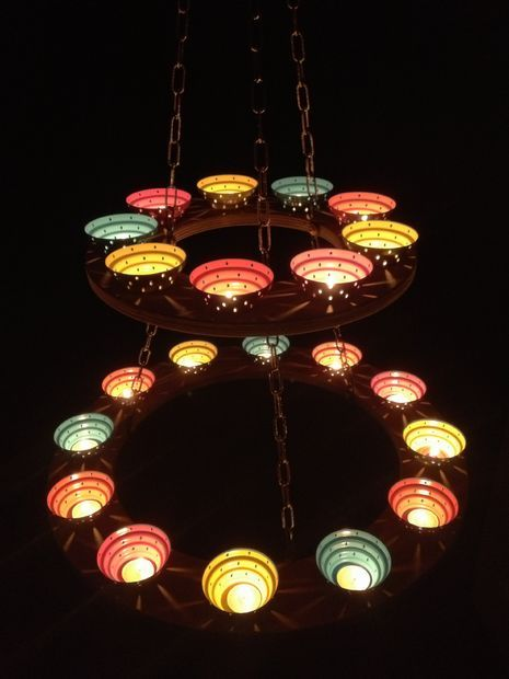 Picture of Tea Light Chandelier - #BulletBlues loves this. Instructions are included :) #TeaLight #Chandelier