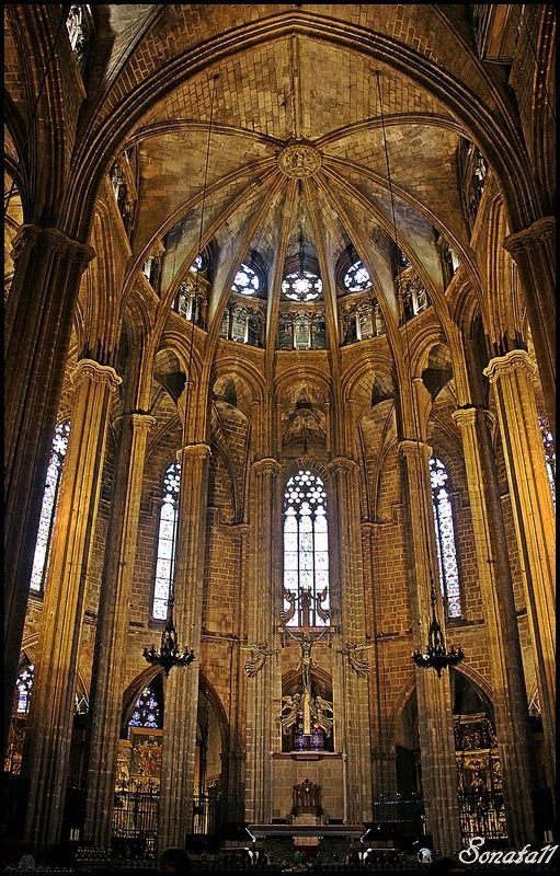 95 best images about churches of rome on pinterest for Catedral de barcelona interior