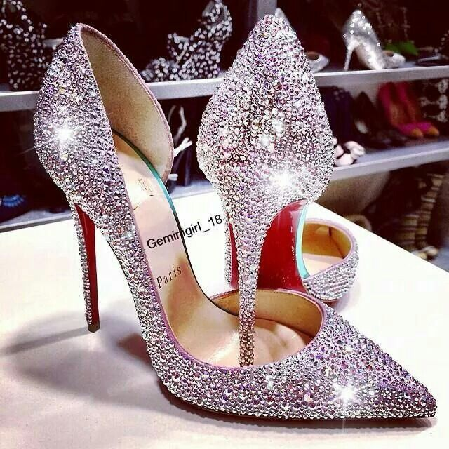 Wedding diamond studded high heel shoes | Novias y ceremonias ...