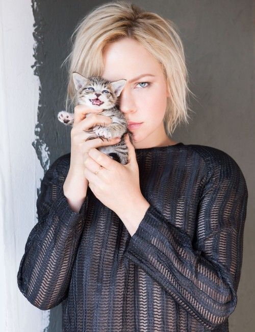 Adelaide Clemens (series RECTIFY)