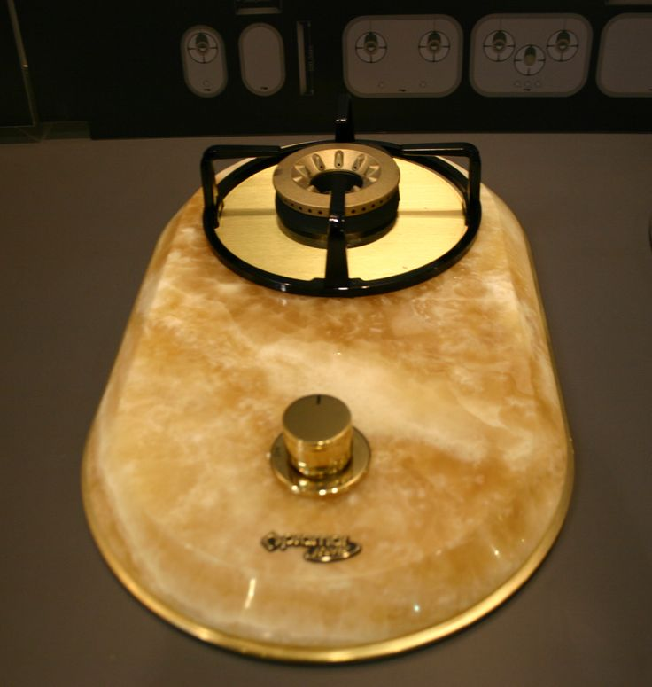 Onyx domino hobs, gorgeous top range components. #luxurykitchen #brass #hobs #luxury #kitchen #design #onyx #pramarstone #luxuryhits