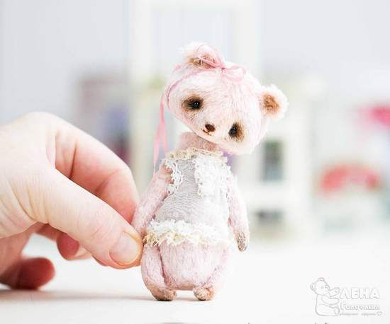 Berry marshmallow By Elena Golofaeva - Bear Pile