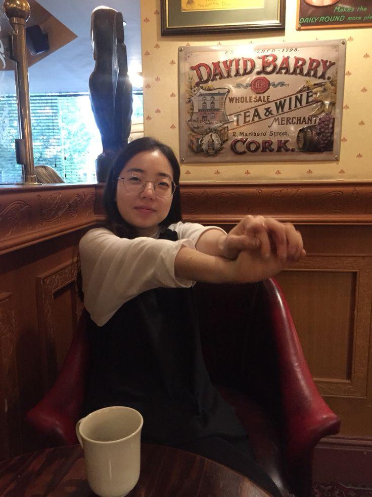 8/31 조식시간 존레논 닮은 나의 아내