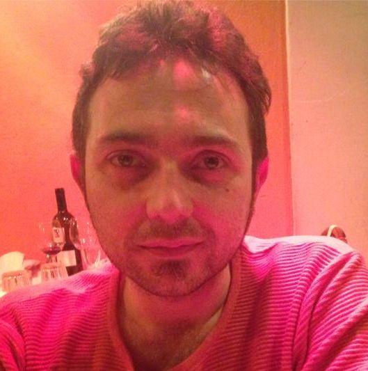 Un eroe quotidiano, Davide  Leggi l' articolo completo su: http://thedailynurse.eu/ http://thedailynurse.eu/blog/2014/09/28/un-eroe-quotidiano-davide/ | The Daily Nurse