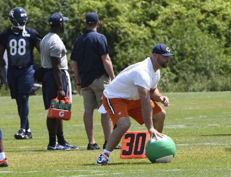 Training Camp 2017: Kyle Long switches to left guard