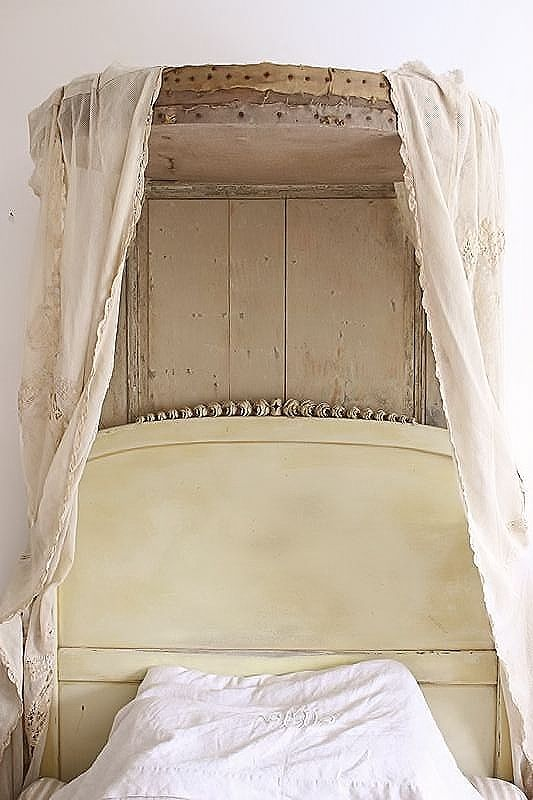 bed kroon / French bed crown