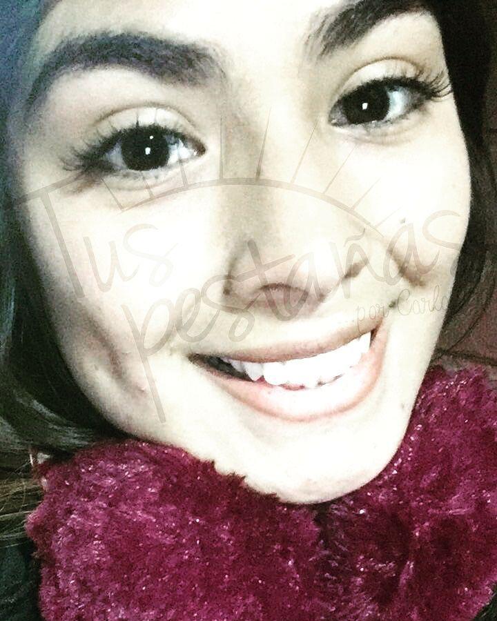 """Clienta Feliz luciendo sus Amadas pestañas��. Muchas gracias por la confianza.  Chicas no se pierdan la Promoción de la semana """"Extensiones de pestañas Semi permanentes pelo a pelo por solo $20.000"""". Promoción válida desde el 27 de Junio al 30.  Para reserva de horas a mi whatsapp ��+56992059903 #lash #eyelashextensions #woman #mujer #santiago #lashart #tuspestañas http://ameritrustshield.com/ipost/1546098107812804074/?code=BV02AmYFfXq"""