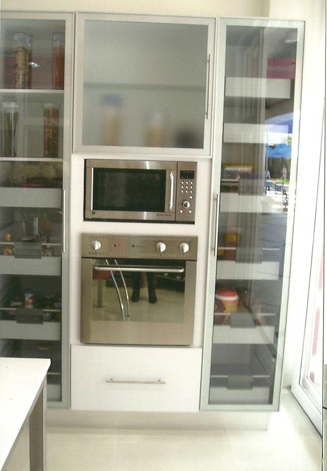 Armarios auxiliares de cocina muebles de bao galanes for Carrito bano conforama