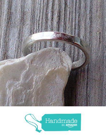 Plain Toe,Knuckle,Midi Ring 925 Sterling Silver Minimal Flat 2mm Hammered https://www.amazon.com/dp/B073FHPX9M/ref=hnd_sw_r_pi_dp_LJ4uzbZ6EEGSX #handmadeatamazon