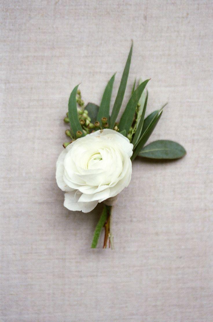 Photography: Almond Leaf Studios - http://www.stylemepretty.com/portfolio/almond-leaf-studios   Read More on SMP: http://www.stylemepretty.com/2015/04/02/organic-elegant-wedding-inspiration/