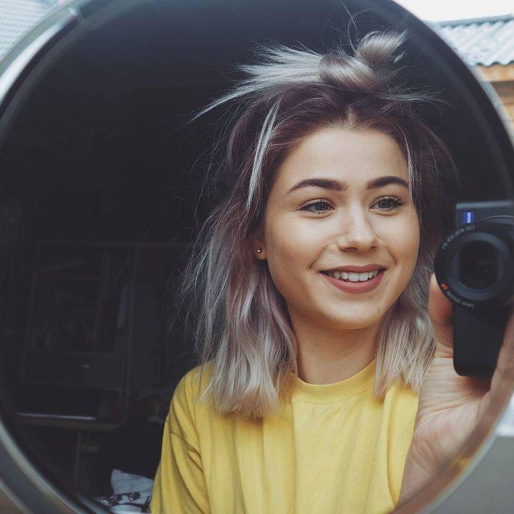 Messy morning messy hair  Tenkte å prøve meg på hjemmetrening i dag
