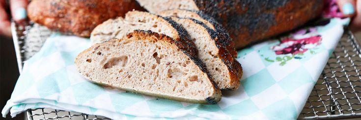 Bröd med yoghurt och honung